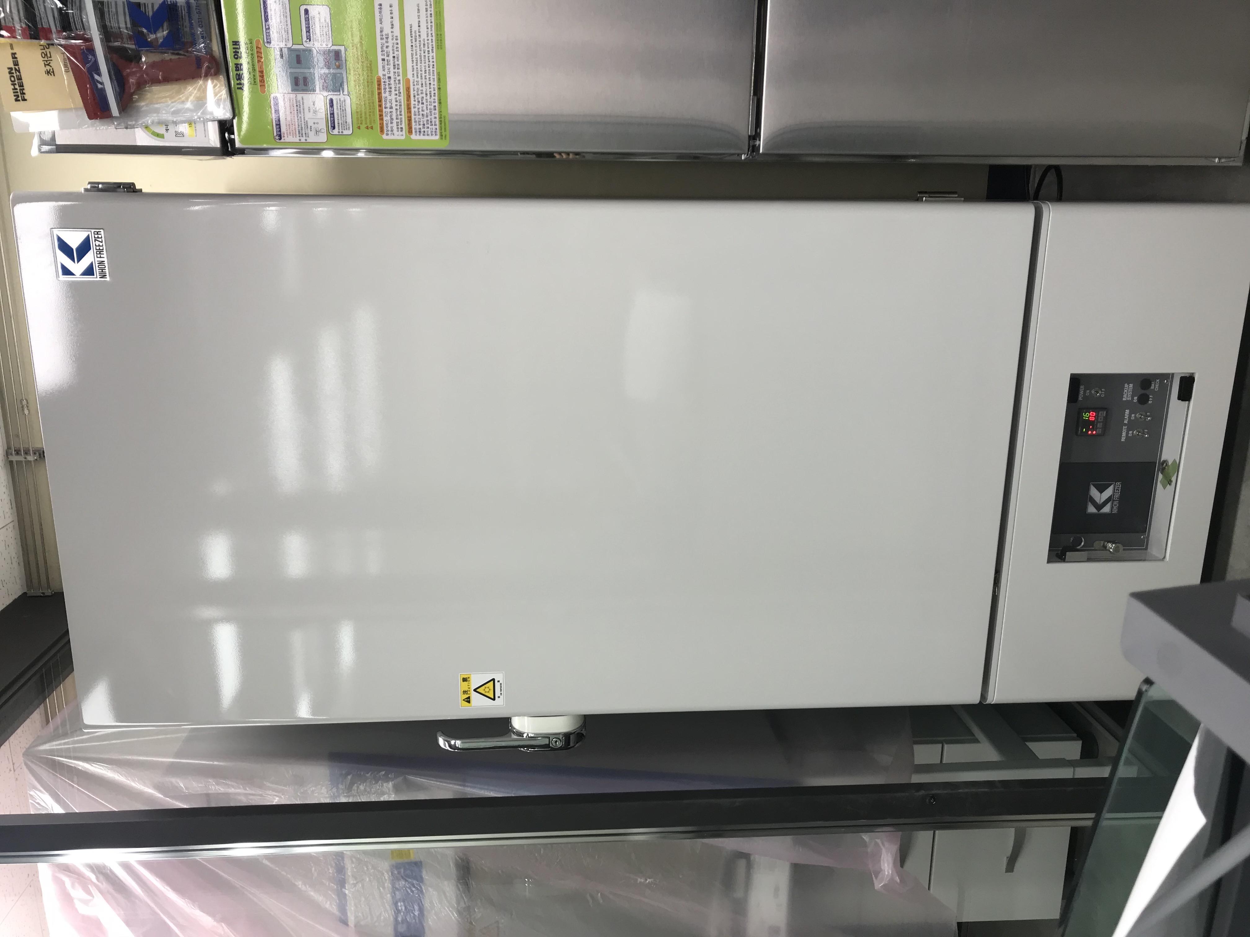 초저온냉동고(Deep Freezer)
